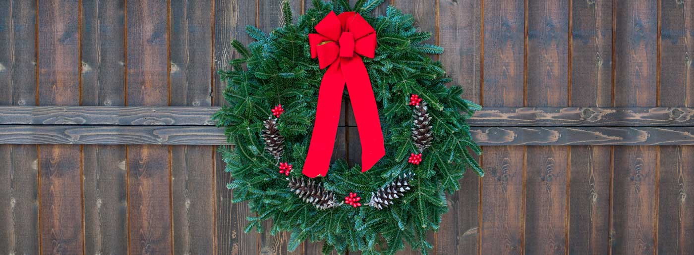 live christmas wreath online
